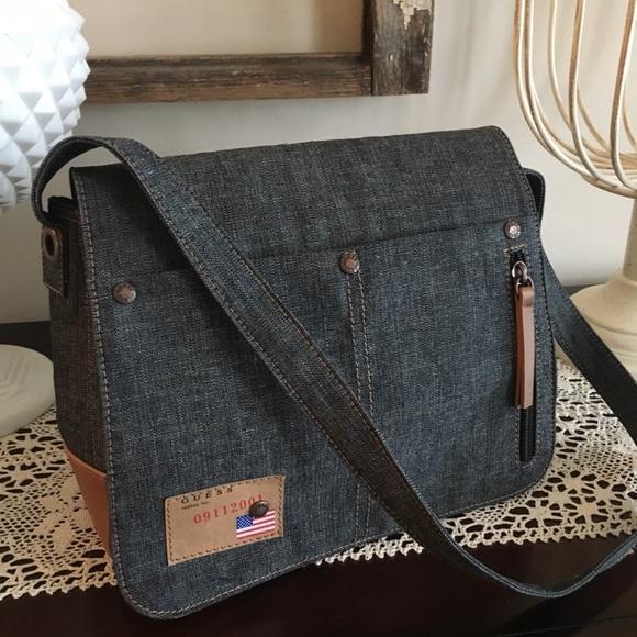 Guess Bags   Denim Messenger Bag Euc   Poshmark b496e2ae7d